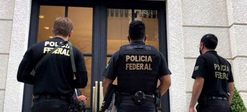 Polícia Federal cumpre 29 mandados de busca e apreensão em quatro estados