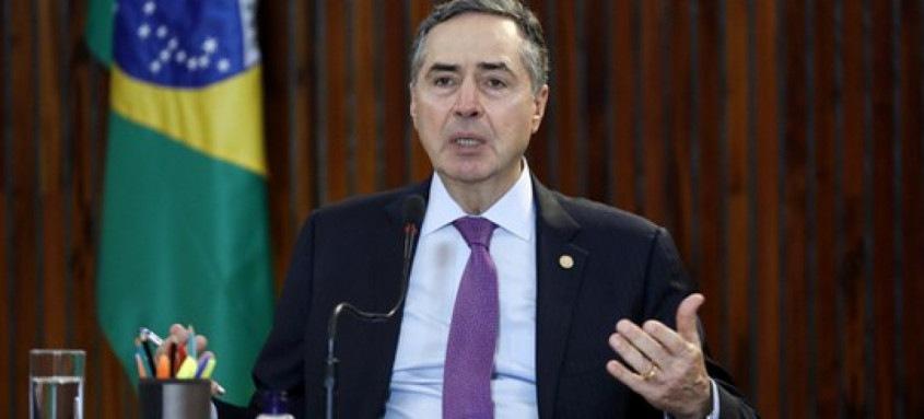 Luís Roberto Barroso, presidente do TSE, esteve durante a semana em constante diálogo com representantes dos TREs