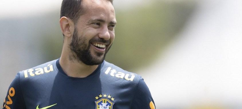 Everton Ribeiro mais uma vez será o responsável pela armação de jogadas