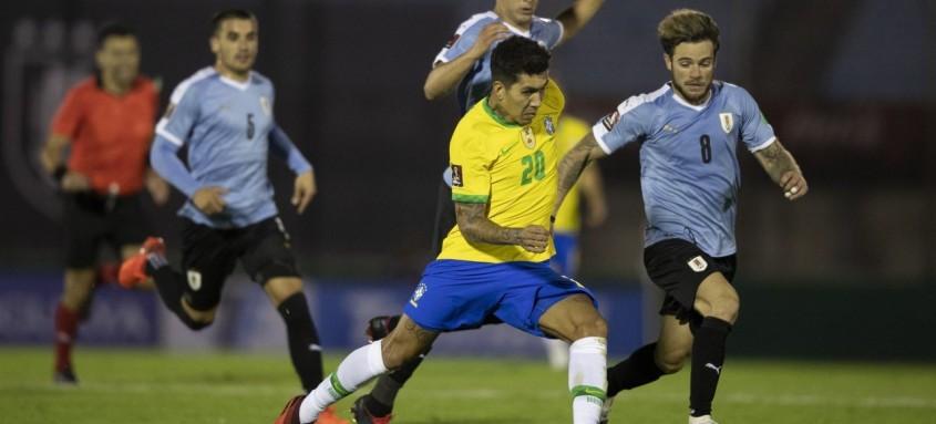 Brasil e Uruguai se enfrentaram na noite de terça-feira em Montevidéu pelas Eliminatórias Sul-Americanas