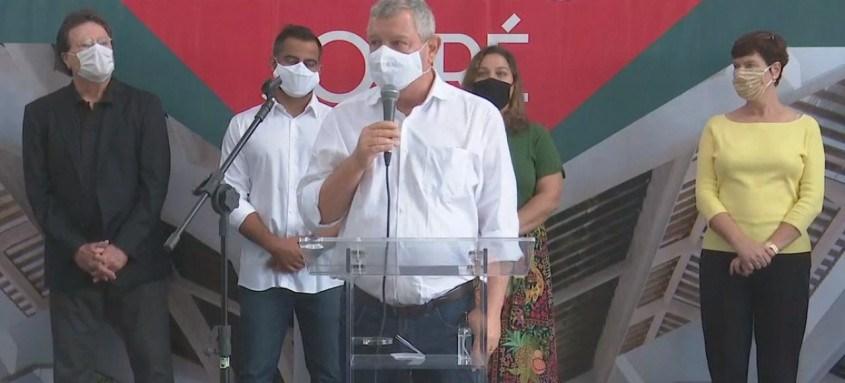 Prefeito eleito Axel Grael esteve prsente na cerimônia. Rodrigo Neves, com coronavírus, não pôde comparecer