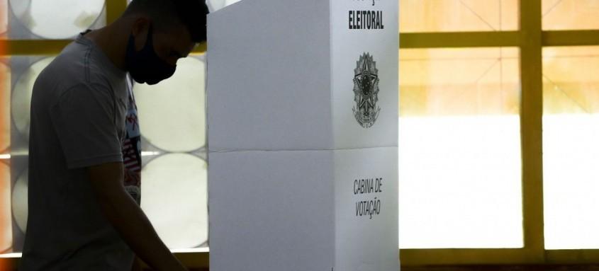 No total, a Justiça Eleitoral fluminense disponibiliza 17.822 urnas eletrônicas para as Eleições 2020, das quais 1.903 são de contingência, para eventual substituição