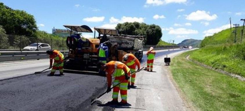 Mais de 18 mil m² de asfalto serão revitalizados antes do início da alta temporada