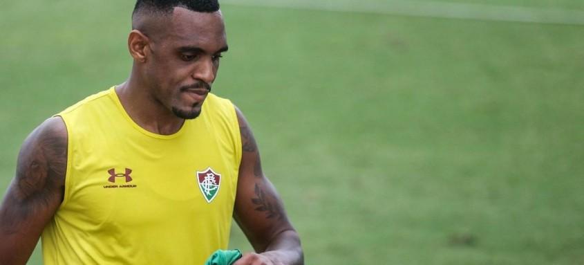 Cria das Laranjeiras, zagueiro Digão está indo jogar no futebol da Tailândia