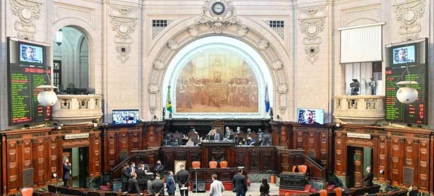 A assinatura do termo ocorre, nesta quinta-feira, durante encerramento do ano legislativo, que contará com a presença do governador em exercício, Cláudio Castro
