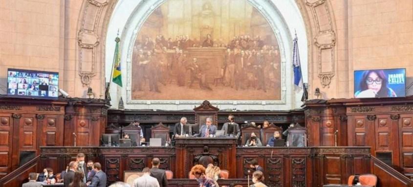 Projeto de lei complementar, de autoria do Poder Executivo, foi aprovado pelos deputados em discussão única