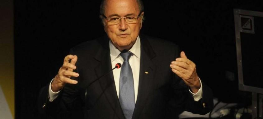 Segundo a Fifa, Blatter gastou quantia milionária em prédio não construído