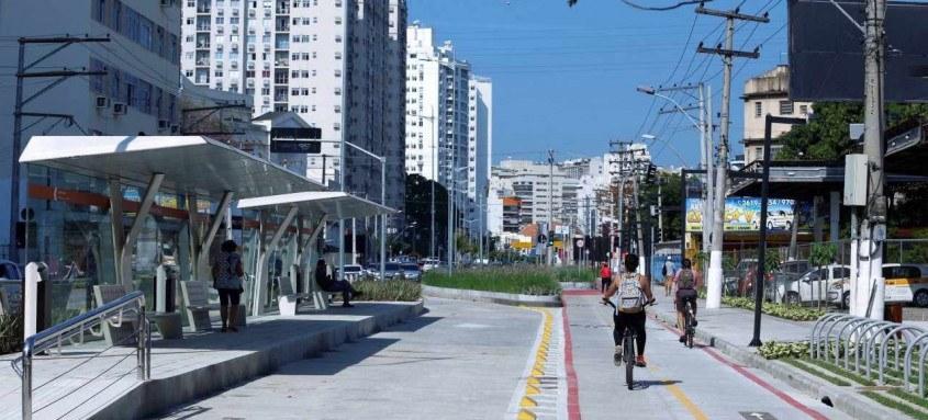A modernização da Marquês de Paraná foi entregue em junho. Além de uma quarta faixa, exclusiva para ônibus, em cada sentido, ganhou ciclovia bidirecional