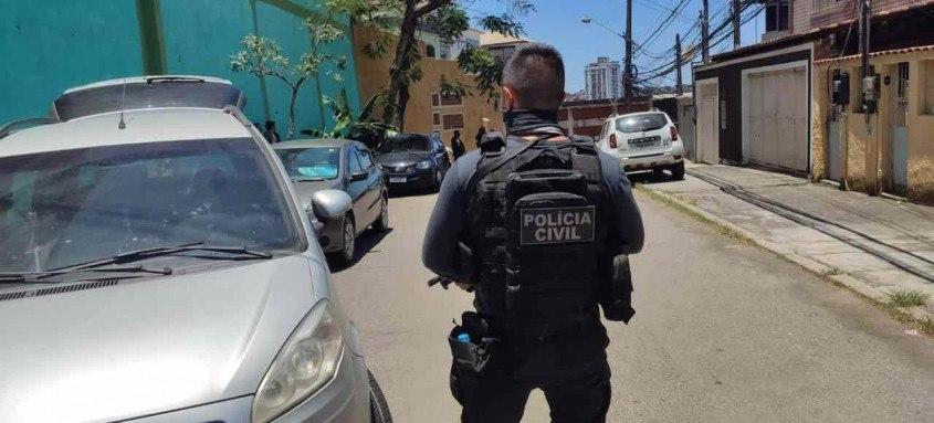 Agentes impediram ação criminosa no bairro Brás de Pina na Zona Norte