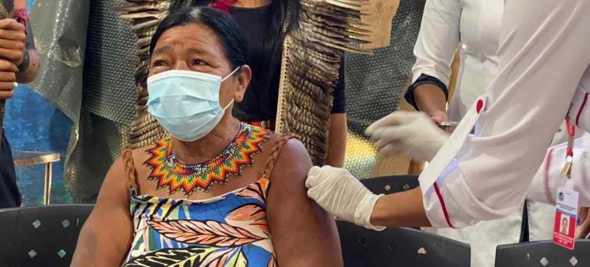 Índios da aldeia Mata Verde Bonita, em Maricá, começaram a ser vacinados contra a covid-19