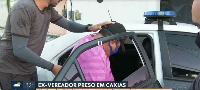 Ex-vereador Alex Rosa foi preso ontem em Duque de Caxias, na Baixada Fluminense, na Operação Pit-Stop. Ele é apontado como chefe de organização criminosa