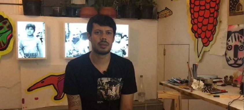 O artista plástico Xadalu participa da homenagem pelos 84 anos do Museu