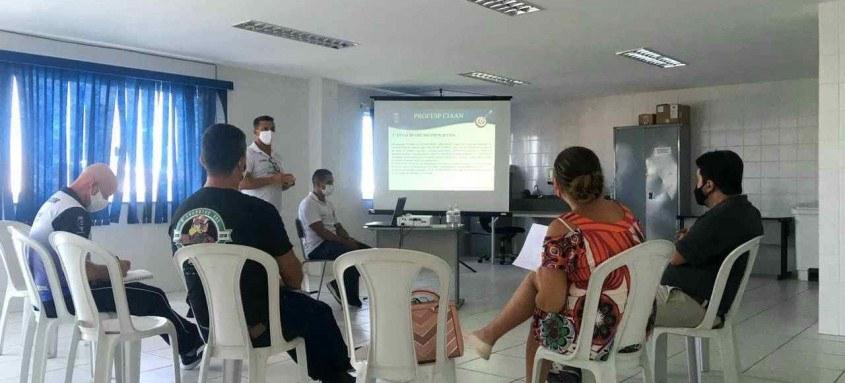 Durante reunião foram apresentadas atividades esportivas realizadas pelos alunos na sede do Complexo Aeronaval