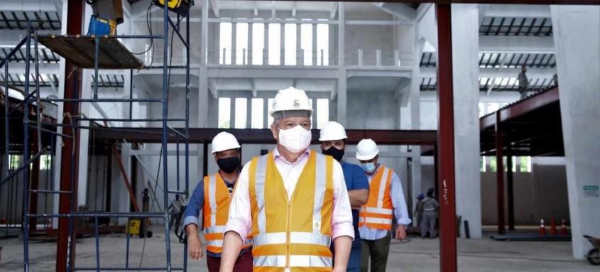 O prefeito de Niterói, Axel Grael, vistoriou as obras na sexta-feira e falou sobre o cronograma das intervenções. Em março deve ser concluída a recuperação do entorno
