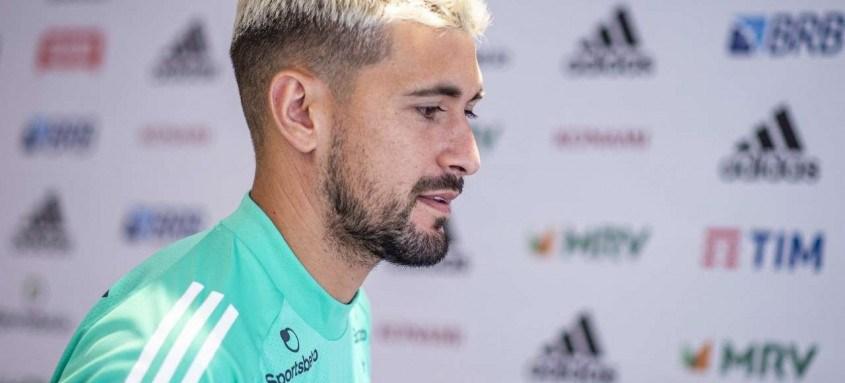 O uruguaio Arrascaeta considera que o Flamengo terá três finais nas últimas rodadas do Campeonato Brasileiro