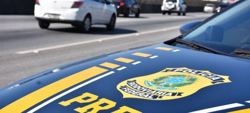 Mandados de prisão tinham como alvos suspeitos de crimes na BR-101