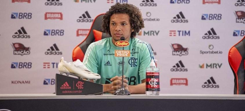 William Arão é uma peça importante no time do técnico Rogério Ceni