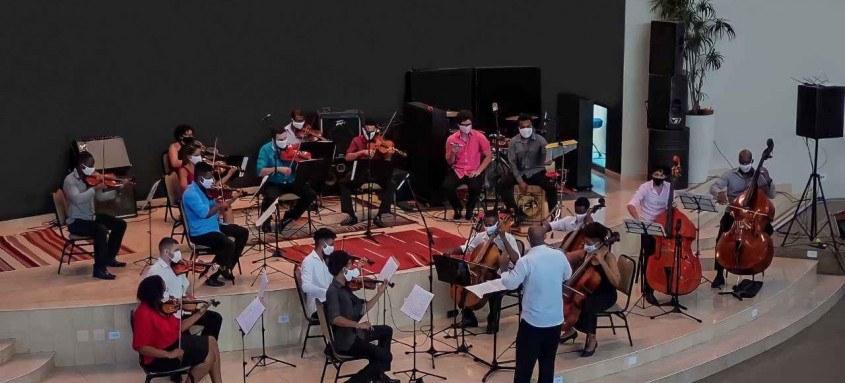 Projeto de inclusão social por meio da música atua há 26 anos em Niterói
