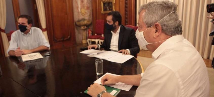 O prefeito de Niterói, Axel Grael, participará de nova reunião com o governador Cláudio Castro e o prefeito do Rio, Eduardo Paes