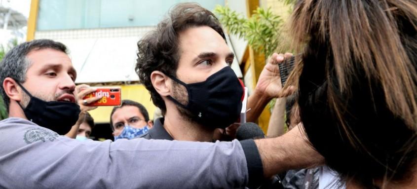 Parlamentar continua preso no Rio de Janeiro