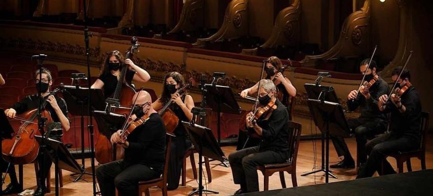 Orquestra Sinfônica do Theatro Municipal do Rio apresenta três concertos