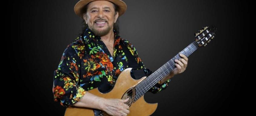 O cantor Geraldo Azevedo faz show intimista neste sábado, às 21h30