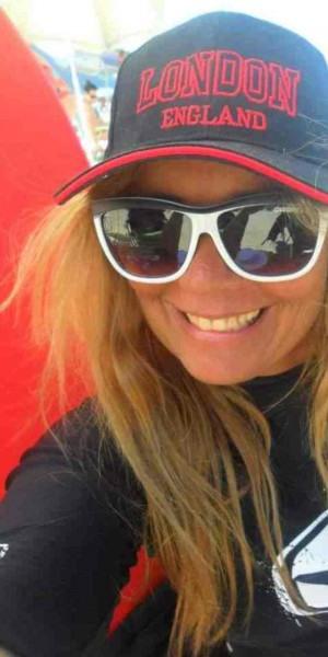 Lyse Kitzinger desenvolve há 15 anos projeto social com o Bodyboarding