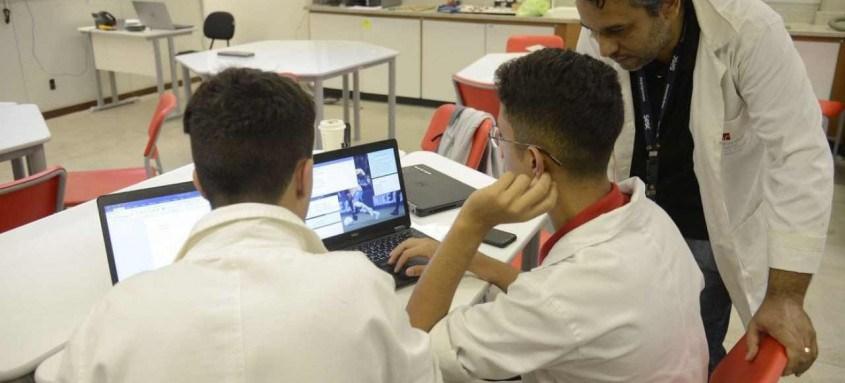 Processo de seleção do programa de estágios começa com a inscrição on-line, que deve ser feita no site da Firjan