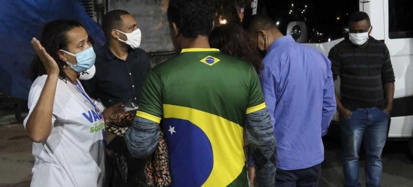 Assistência Social, Políticas Sobre Álcool e Drogas e Saúde atendem população em situação de rua no Alcântara