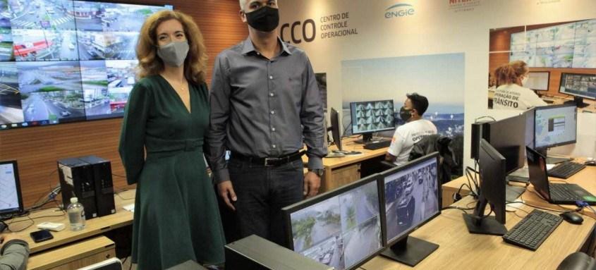 Comitiva visita o Centro de Controle Operacional de Niterói