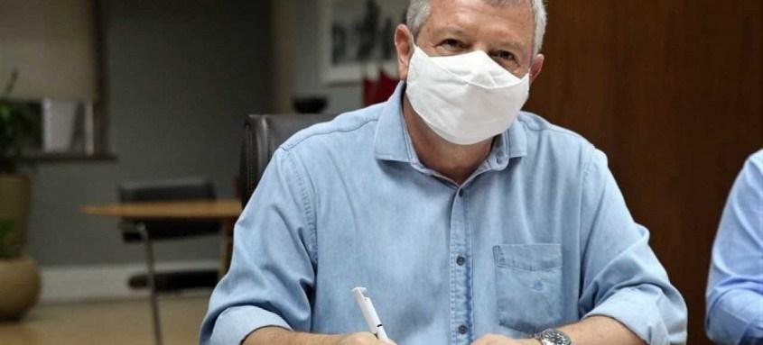 Prefeito de Niterói, Axel Grael, afirmou que o projeto visa movimentar a cadeia produtiva do setor