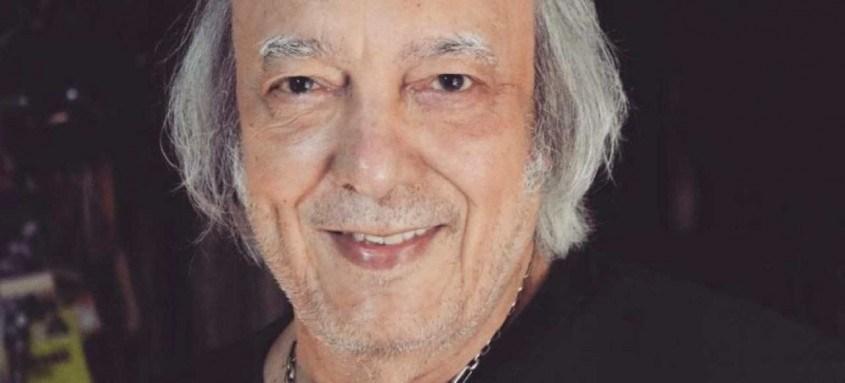 Cantor e compositor Erasmo Carlos, de 80 anos, já tomou as duas doses da vacina contra a covid-19