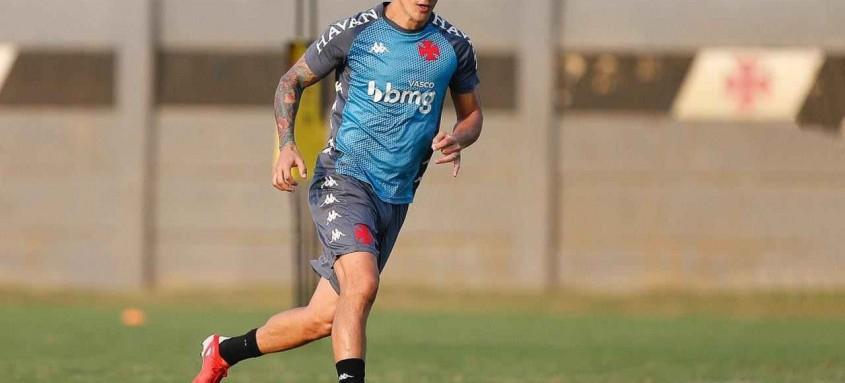 Atacante Germán Cano quer encerrar o jejum de gols neste domingo