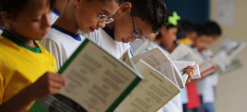 Programa do MEC repassa recursos para alfabetização