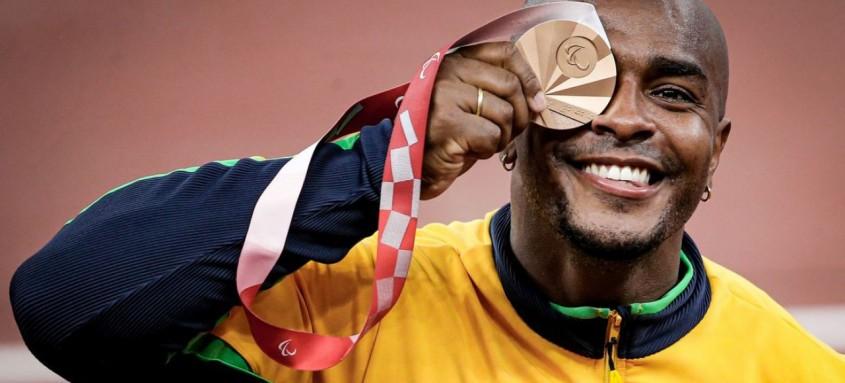 Carioca já havia alcançado medalha no lançamento de peso