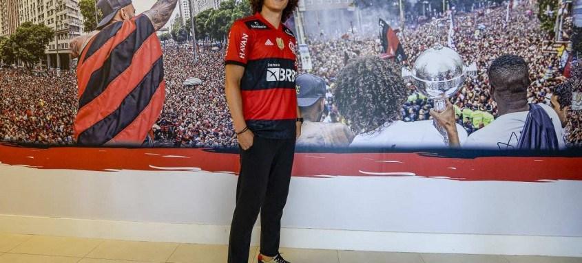 Zagueiro David Luiz, de 34 anos, foi apresentado ontem no Ninho do Urubu e recebeu a camisa 23 do Flamengo