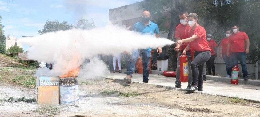 Brigada de incêndio no Hospital Retaguarda