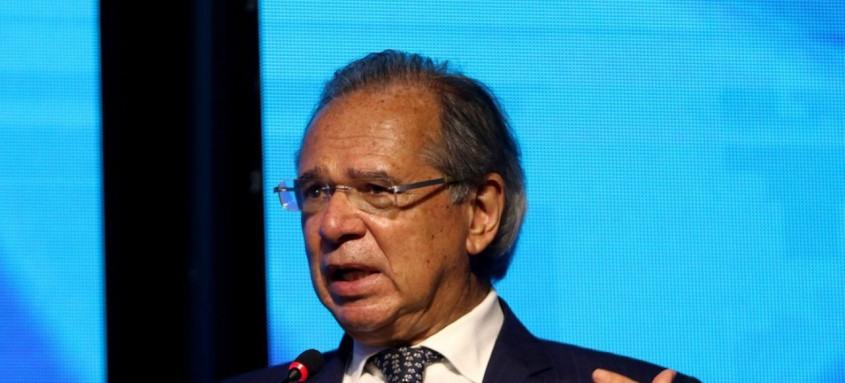 Paulo Guedes alega ter se afastado de gestão em dezembro de 2018