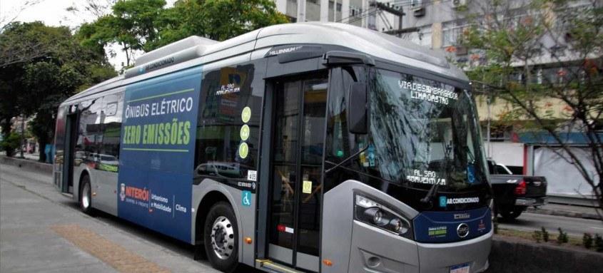 Niterói pretende lançar no primeiro semestre de 2022 uma licitação para uma compra inicial de 40 ônibus elétricos